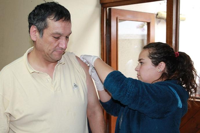 Dirección de Salud realizó operativo de vacunación con personas en situación de calle