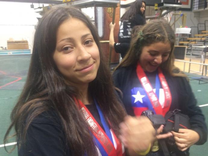 Destacada participación de estudiantes del Liceo Siete en torneo internacional de robótica