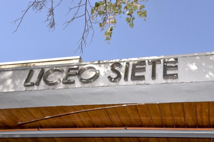 Histórico: 137 alumnos postularon al Liceo N°7 de Providencia el cual será mixto el 2021